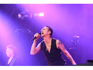 Beyerdynamic join Depeche Mode on tour image