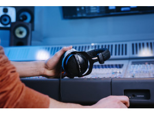 The Studio Legend - beyerdynamic DT 770 PRO image