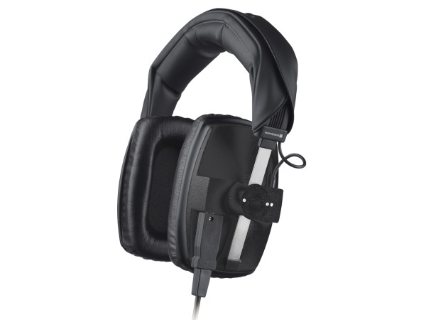 DT 100 in Black Closed Back Studio Headphone (400 Ohm)