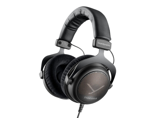 beyerdynamic TYGR 300 R Gaming Headphones (32 Ohm)