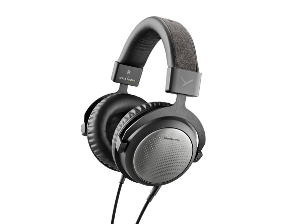 T5 (3rd Generation) Closed-Back Premium Headphones