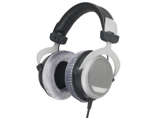DT 880 Pro Semi-open Dynamic Headphone (250 Ohm)